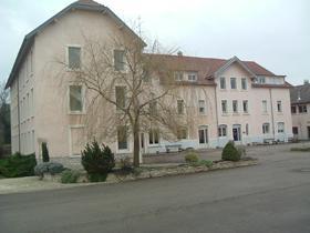 Foyer à Bézouotte – 48 pl.